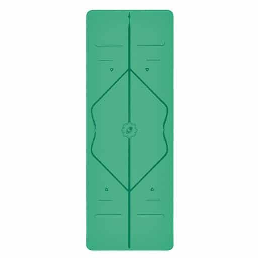 liforme-yoga-mat-green-standing